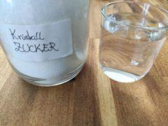 Zucker und Wasser